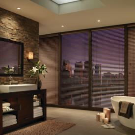 2011_MPM_Standard Cordlock_Aluminum Blinds_Bathroom