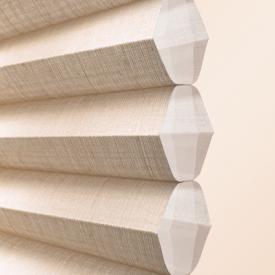 2013_DU_Batiste Semi-Sheer_Fabric Detail_Journal