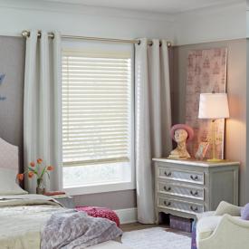 2017_EW_SL_Faux Wood_Girls Bedroom